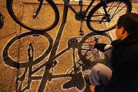 bike-shadow-graffiti